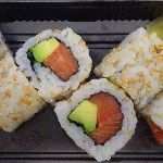 Photo de Maki roll, saumon-avocat